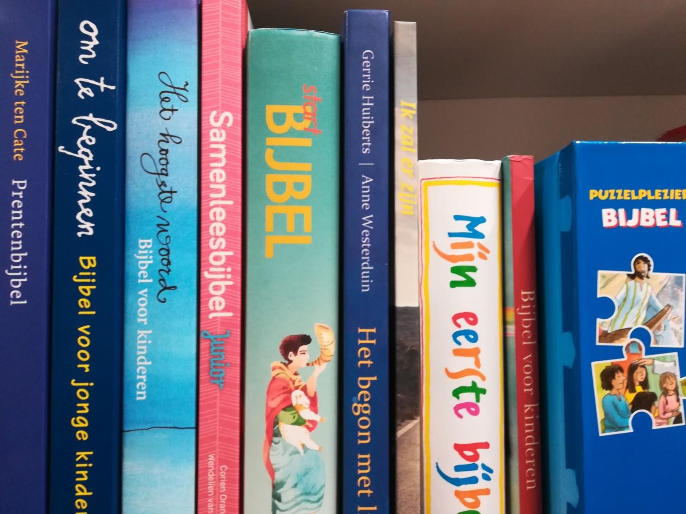 Hoe lees je de kinderen voor uit de Bijbel?