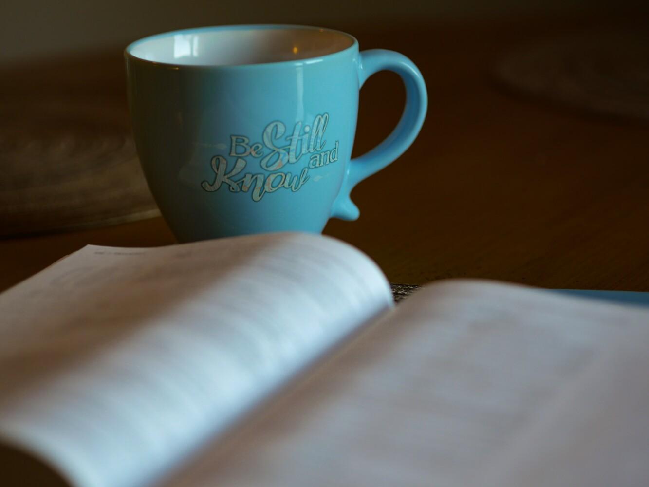 Spiritueel lezen in vier stappen: laat God tot je spreken