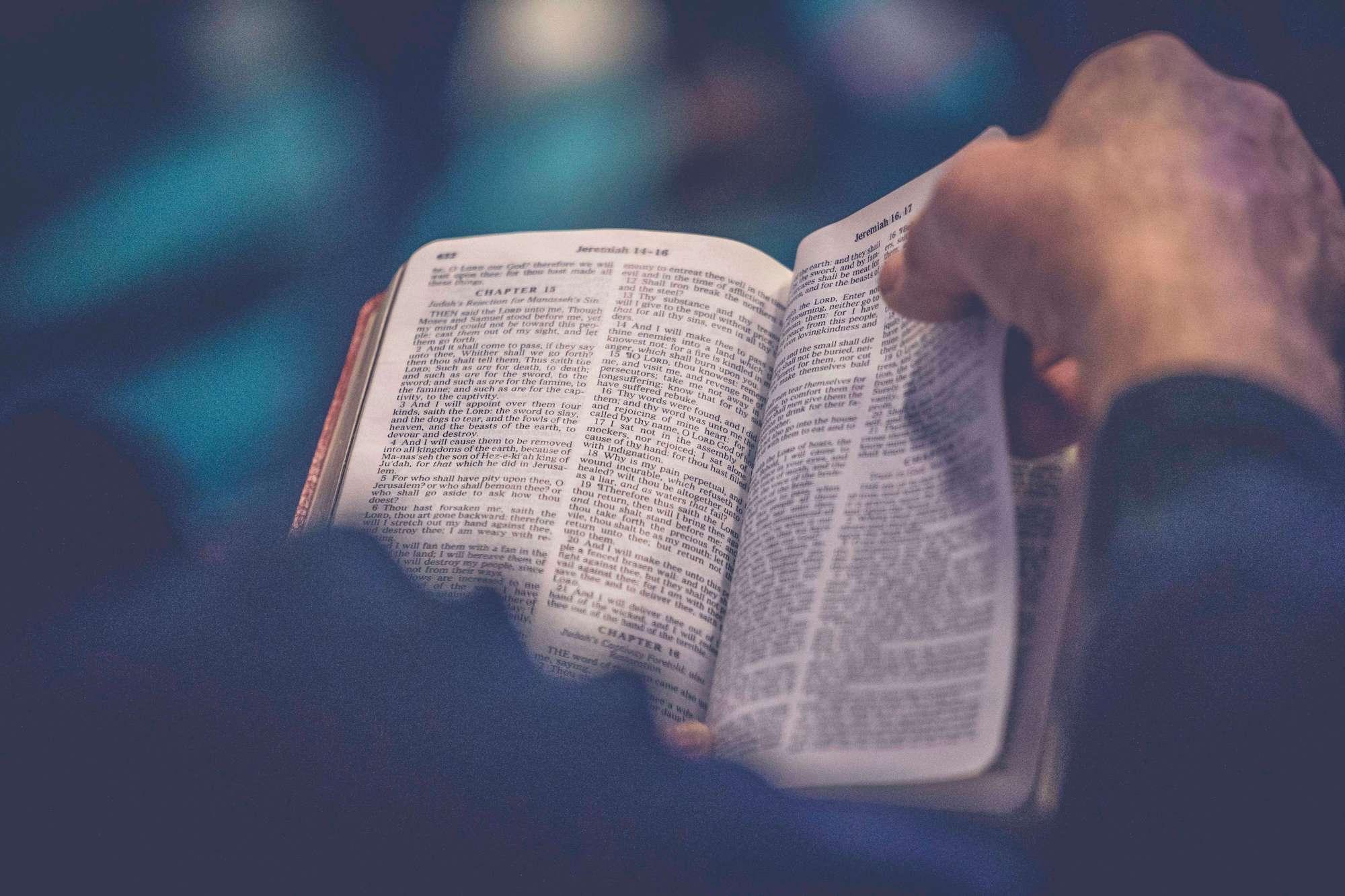 Levensvraag: Wat zegt de Bijbel over dopen?